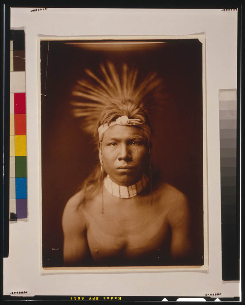 native american portraits by edward s curtis early 1900s 13 Portraits of Native Americans from the Early 1900s