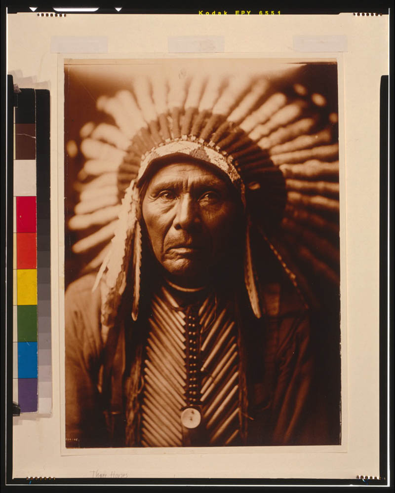 native american portraits by edward s curtis early 1900s 14 Portraits of Native Americans from the Early 1900s