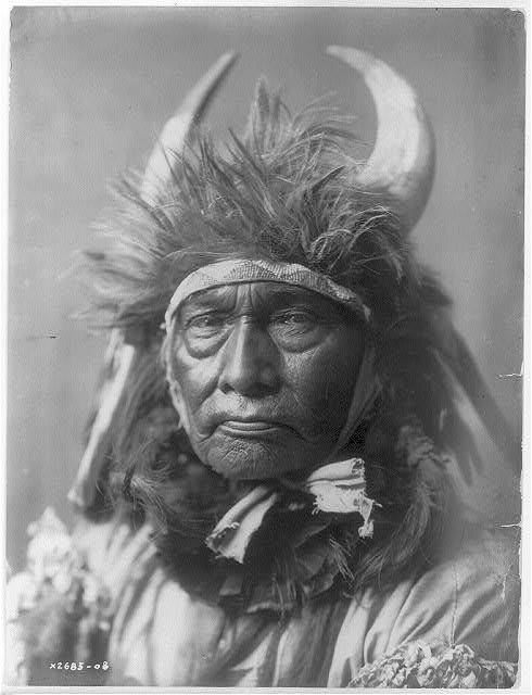 native american portraits by edward s curtis early 1900s 17 Portraits of Native Americans from the Early 1900s