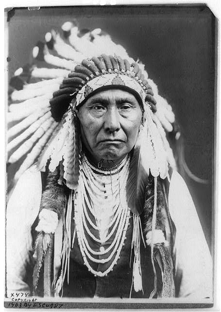 native american portraits by edward s curtis early 1900s 19 Portraits of Native Americans from the Early 1900s