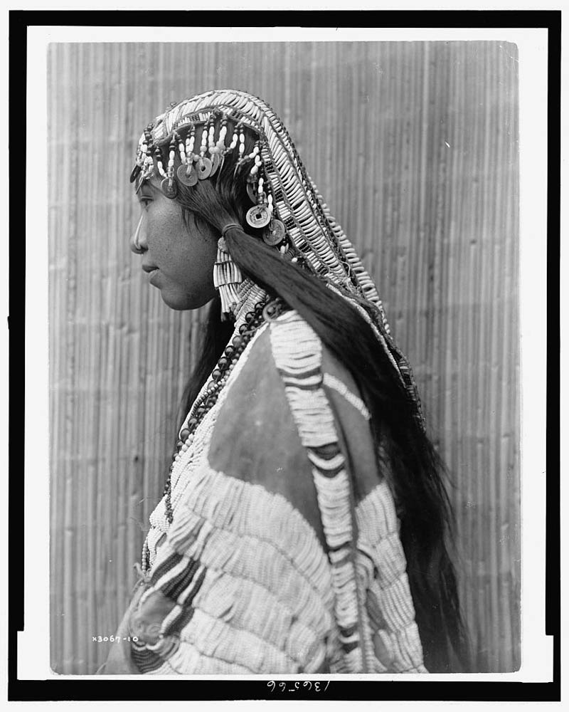 native american portraits by edward s curtis early 1900s 22 Portraits of Native Americans from the Early 1900s