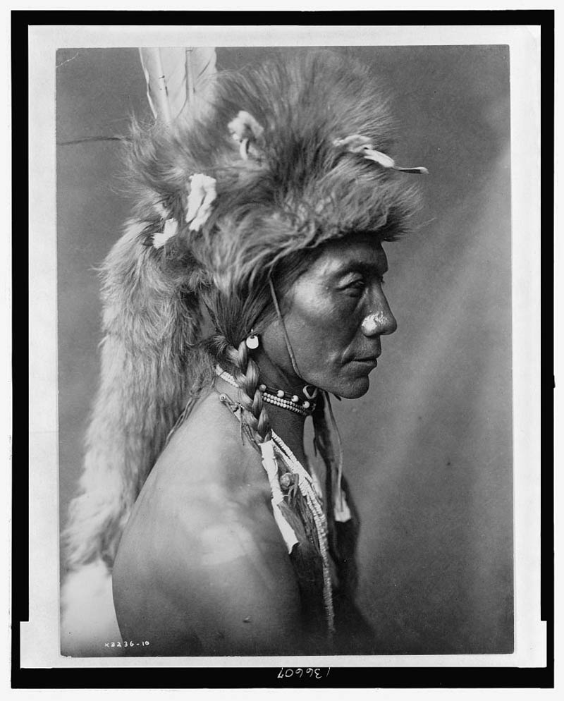 native american portraits by edward s curtis early 1900s 23 Portraits of Native Americans from the Early 1900s