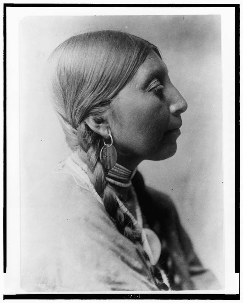 native american portraits by edward s curtis early 1900s 28 Portraits of Native Americans from the Early 1900s