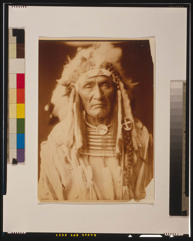 native american portraits by edward s curtis early 1900s 8 Portraits of Native Americans from the Early 1900s