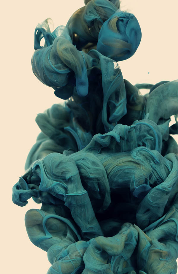 plumes of ink underwater alberto seveso 2 Incredible Plumes of Ink Photographed Underwater