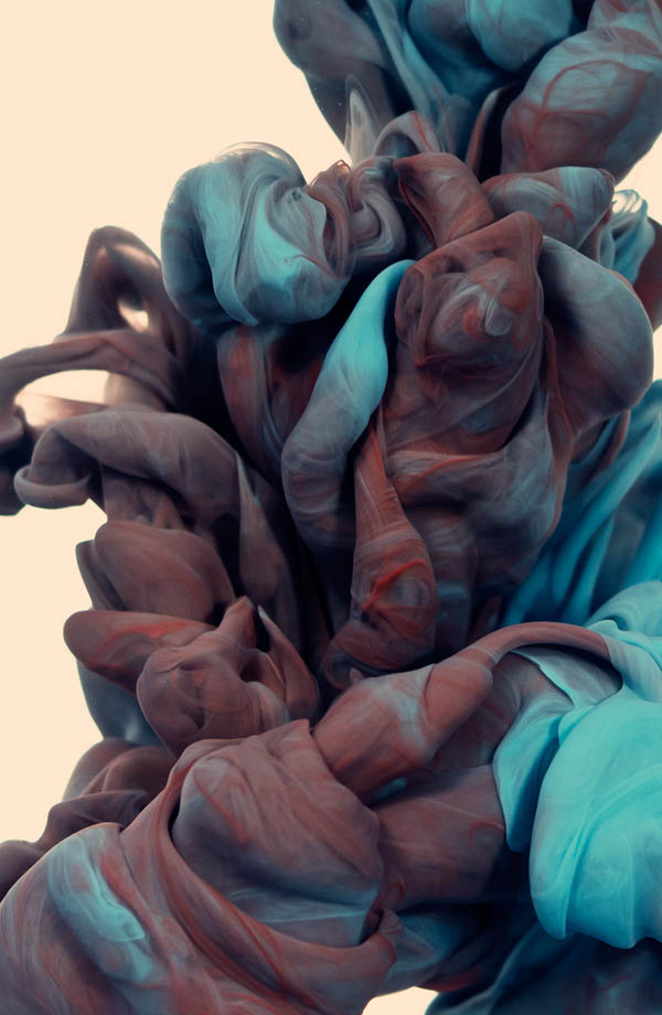 plumes of ink underwater alberto seveso 4 Incredible Plumes of Ink Photographed Underwater