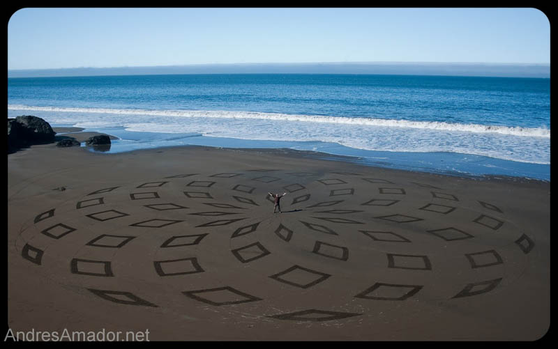 sand beach art andres amador 5 The Incredible Beach Art of Andres Amador