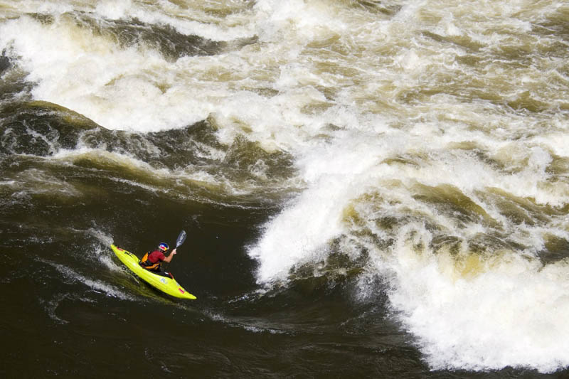 whitewater kayaking red bull 19 The Top 30 Whitewater Kayaking Photos by Red Bull