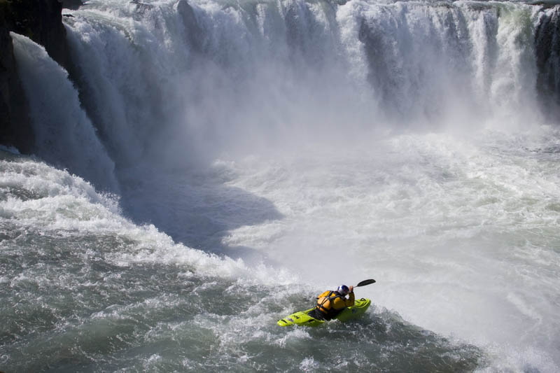 whitewater kayaking red bull 20 The Top 30 Whitewater Kayaking Photos by Red Bull