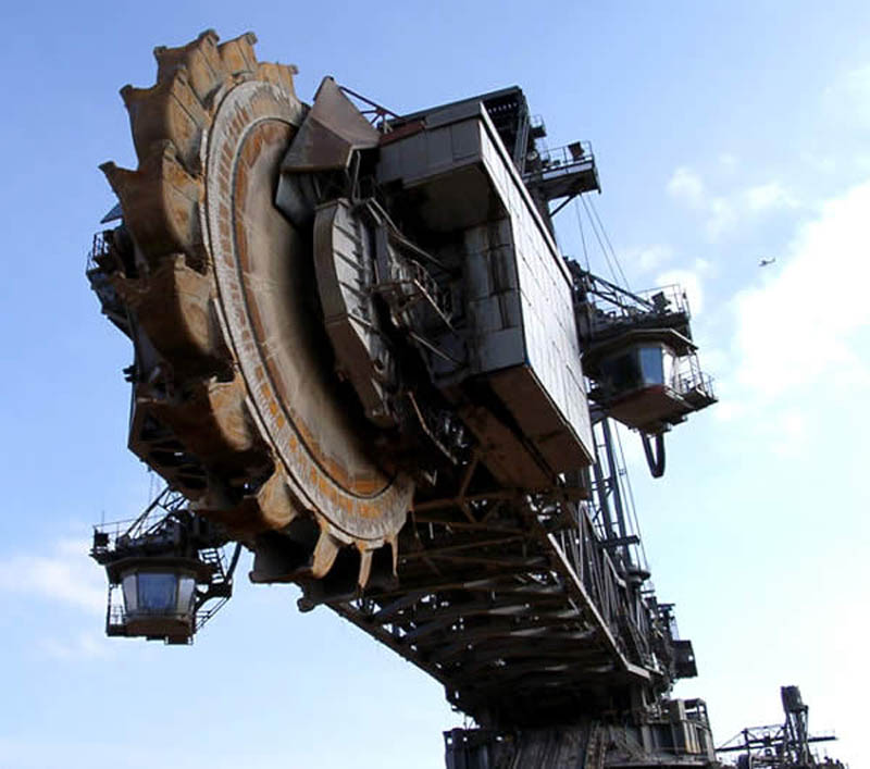 bagger 288 largest land vehicle in the world 2 The Largest Land Vehicle in the World
