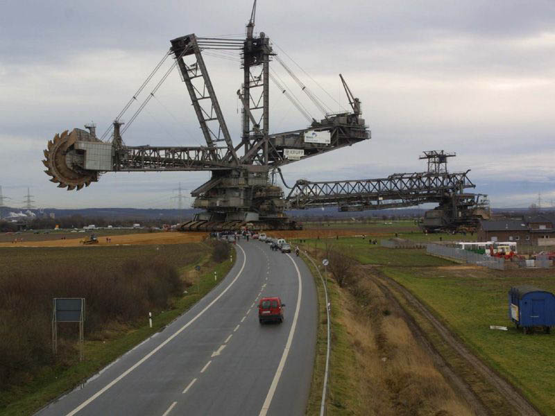 bagger 288 largest land vehicle in the world 9 The Largest Land Vehicle in the World