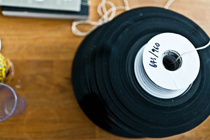 benga i will never change music video vinyl soundwave by us 11 Music Video Recreates Waveform Using 960 Vinyl Records