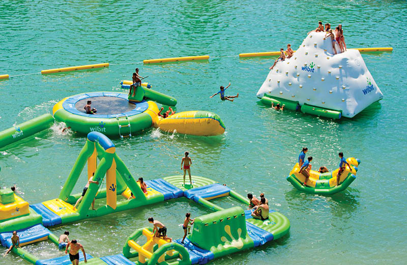 giant inflatable water parks wibit sports modular 10 The Most Amazing Inflatable Water Parks Ever