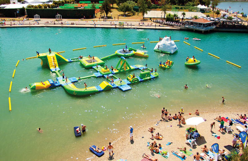 giant inflatable water parks wibit sports modular 9 The Most Amazing Inflatable Water Parks Ever