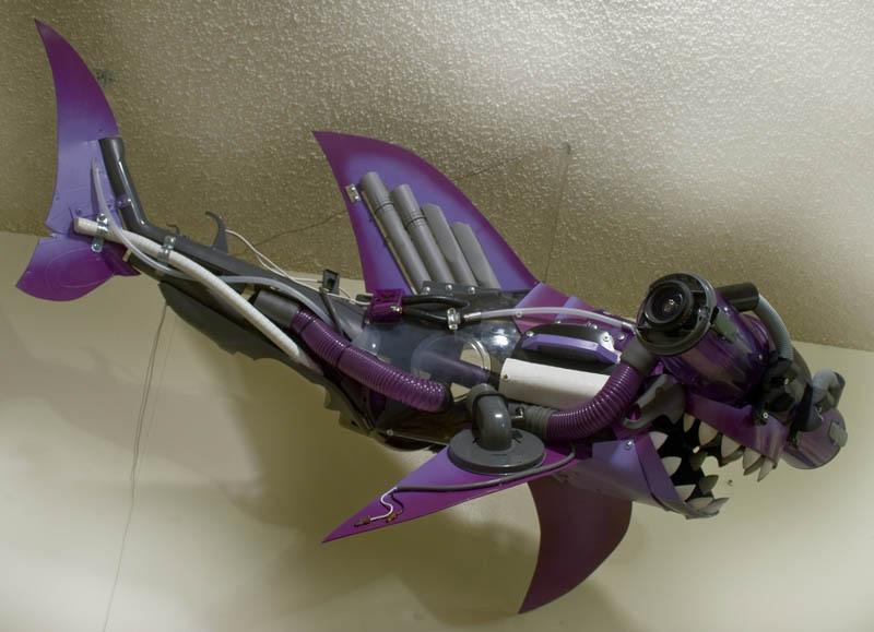 hammerhead vacuum shark joe joseph carnevale 30 Amazing Sculptures Made out of Cardboard