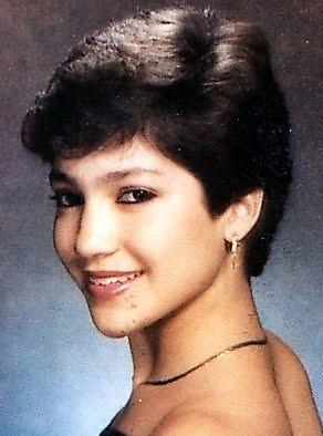 jennifer lopez high school teenager younger picture 40 Music Stars Before They Were Famous