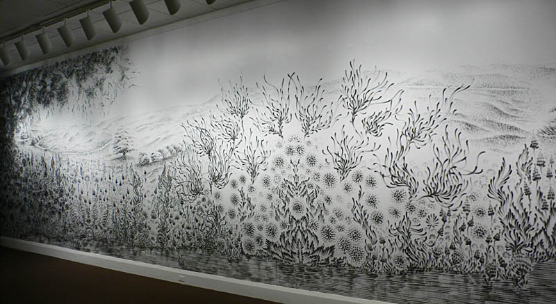 large charcoal mural judith ann braun 3 Massive Mural Drawn Live Using Only Hands and Charcoal