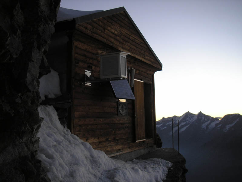 solvay hut matterhorn solvayhutte cabin on mountain above clouds switzerland 4 The Hut Above the Clouds on the Matterhorn