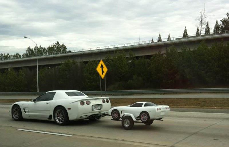 16 Bizarre Trailers That Look Like Miniature Cars