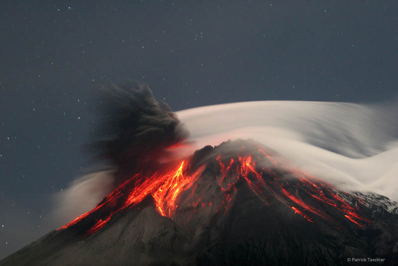Picture of the Day: The Throat of Fire Erupts inEcuador