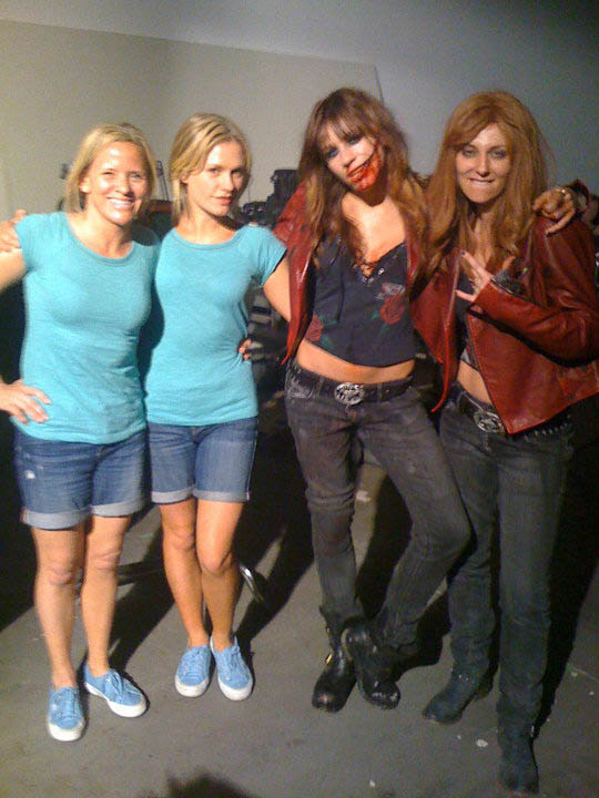 anna brit and stunt doubles trueblood 30 Actors Posing With Their Stunt Doubles