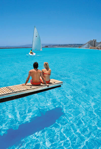 biggest swimming pool in the world san alfonso del mar 5 The Largest Swimming  Pool in