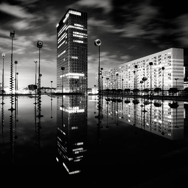 black and white cityscape night photography martin stavars 13 Dramatic Black and White Cityscapes at Night