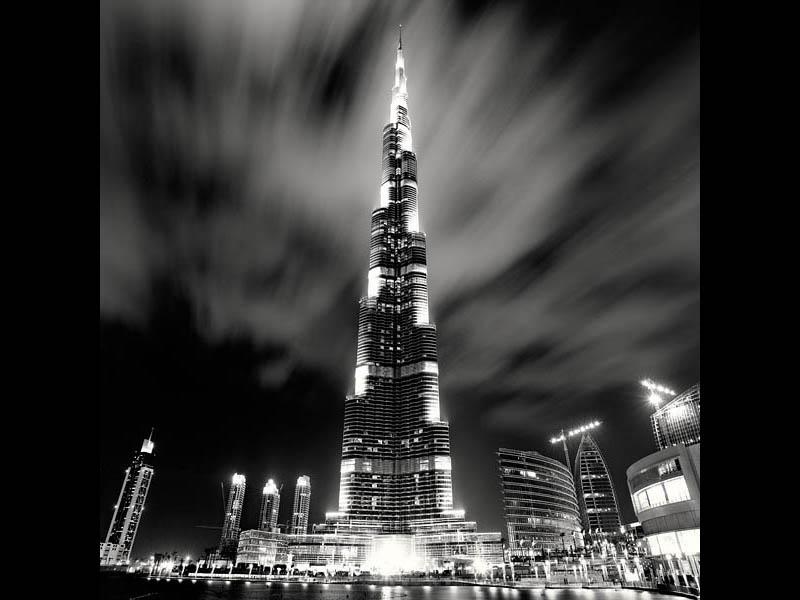 Dramatic Black and White Cityscapes atNight