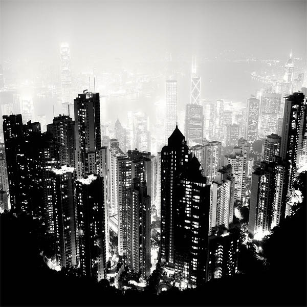 Black and white cityscape night photography martin stavars 6 dramatic black and white cityscapes at night
