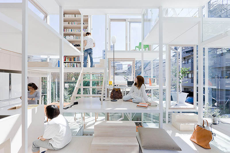 The Fully-Transparent House in Tokyo