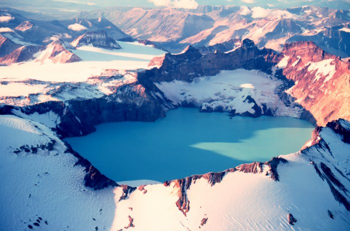 katmai crater lake alaska 15 of the Most Beautiful Crater Lakes in the World