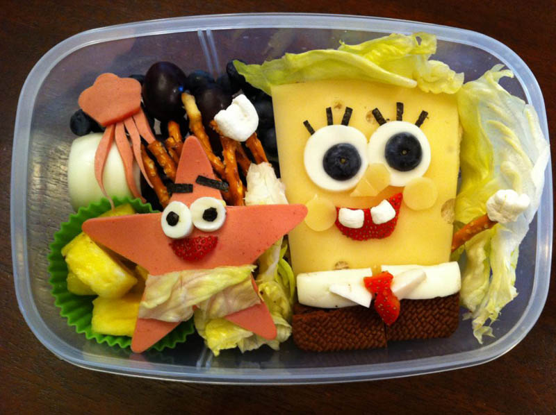 mom makes lunch art for son bento box art 4 Awesome Mom Turns Sons Lunches Into Works of Art