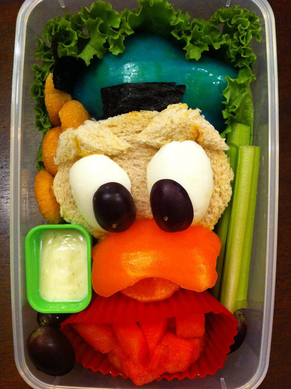 mom makes lunch art for son bento box art 6 Awesome Mom Turns Sons Lunches Into Works of Art