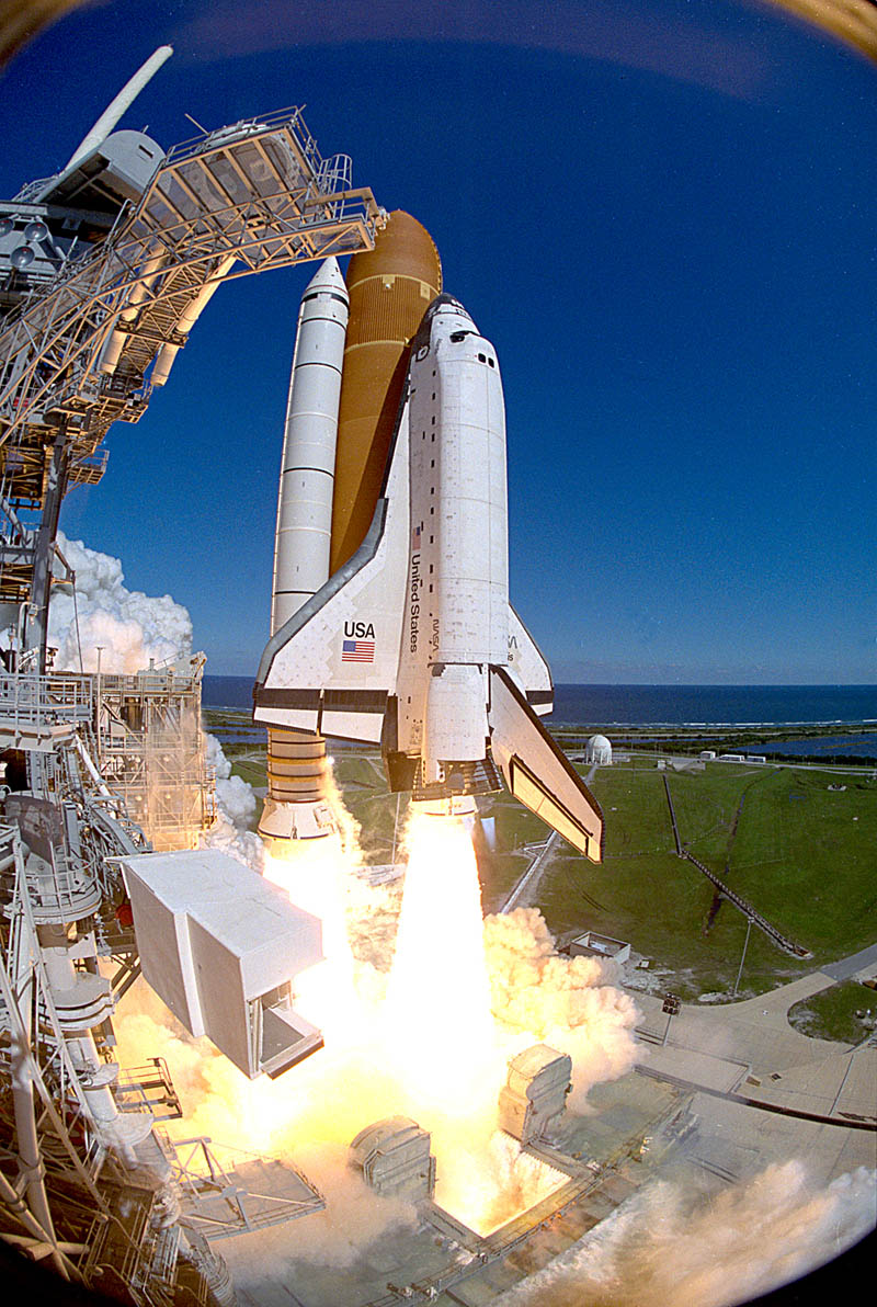 A History of NASA Rocket Launches in 25 High-Quality ...