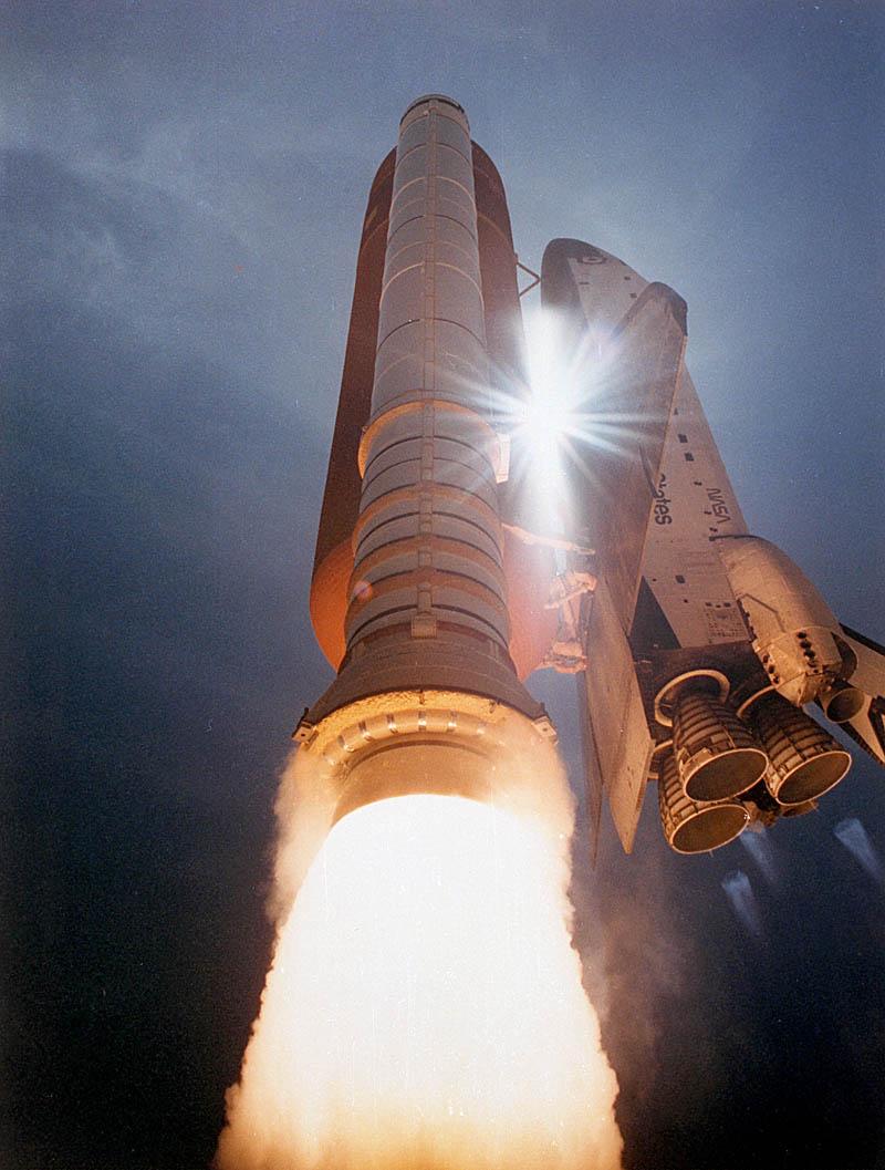 atlantis space shuttle night launch - photo #18
