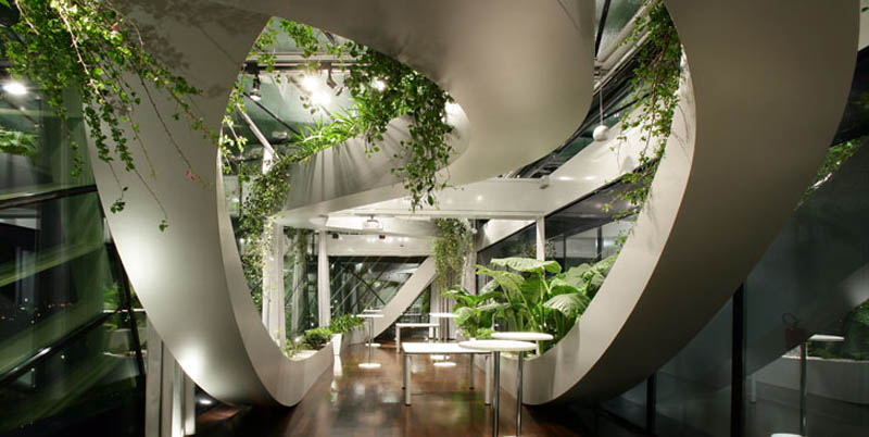 Amazing rooftop boardroom with panoramic indoor garden for Manapat interior landscape designs
