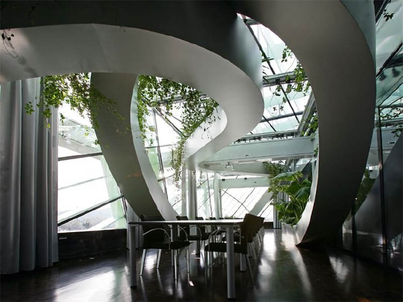 rooftop meeting space with swopping lush panoramic interior garden 3 Amazing Rooftop Boardroom with Panoramic Indoor Garden