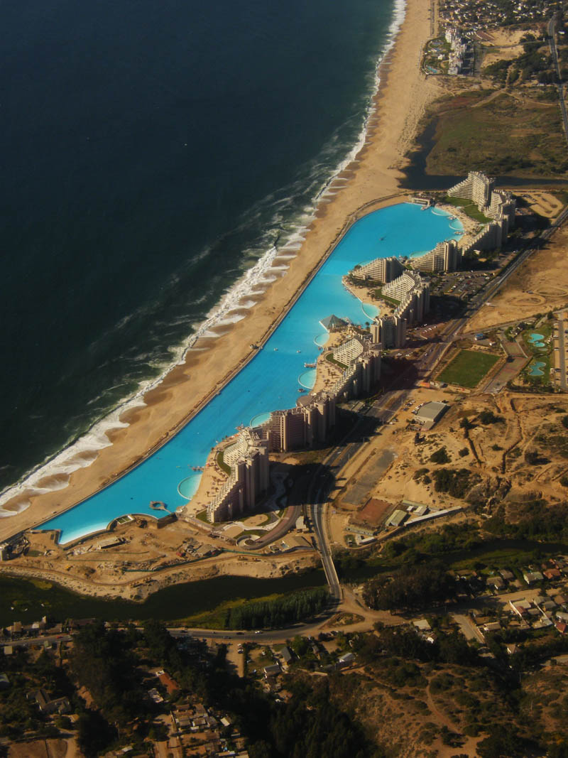 san alfonso del mar aerial satellite from above algarrobo chile 4 The Largest Swimming Pool in the World