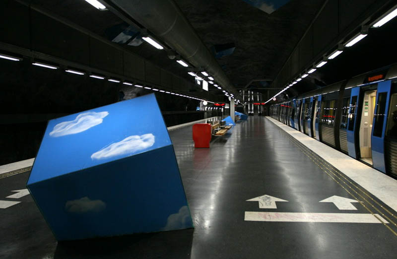 stockholm metro subway art sweden worlds longest art gallery 13 Stockholm Metro: The Worlds Longest Art Gallery