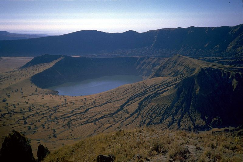 sudan jebel marra deriba crater lake 15 of the Most Beautiful Crater Lakes in the World