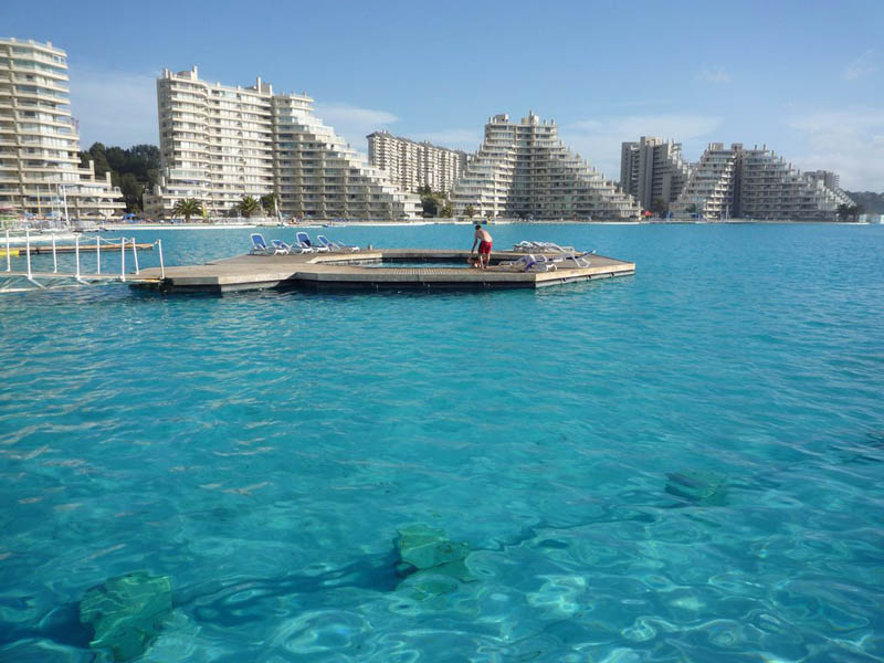 the largest swimming pool in the world 4 The Largest Swimming Pool in the World