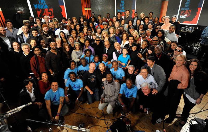 we are the world 25 for haiti 2010 recording session group photo shot The Most Epic Group Photos You Will See Today