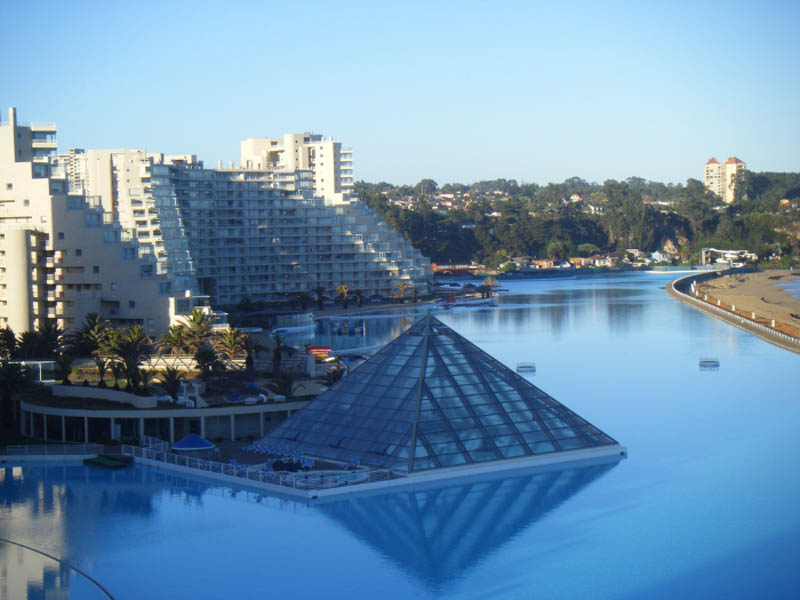 worlds largest swimming pool san alfonso del mar chile 1 The Largest Swimming Pool in the World