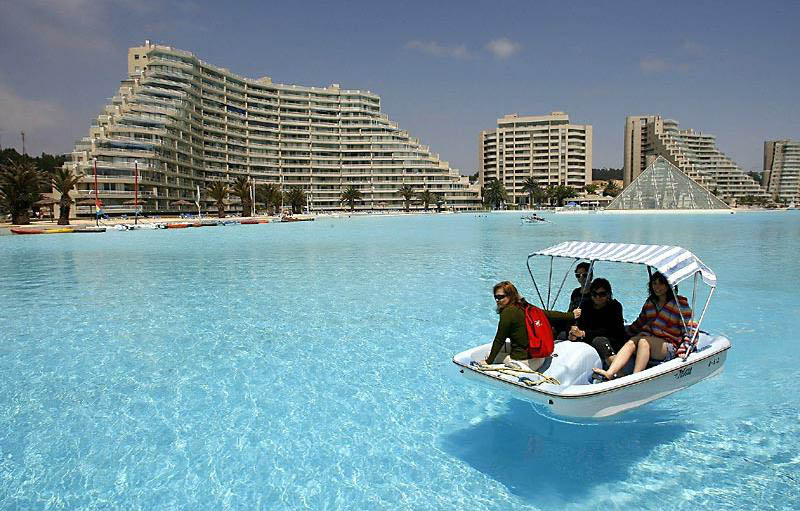 worlds largest swimming pool san alfonso del mar chile 3 The Largest Swimming Pool in the World