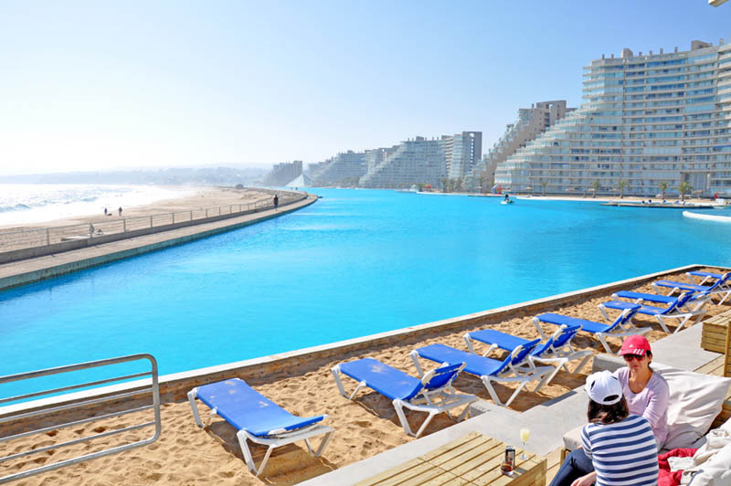 worlds largest swimming pool san alfonso del mar chile 4 The Largest Swimming Pool in the World