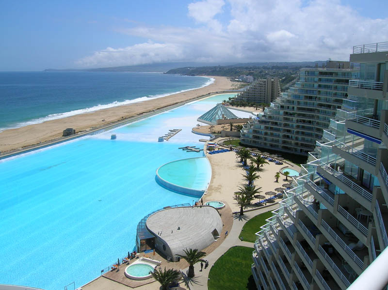 The largest swimming pool in the world twistedsifter - The biggest swimming pool in chile ...