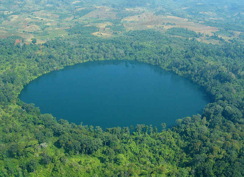 yak loum crater lake cambodia 15 of the Most Beautiful Crater Lakes in the World