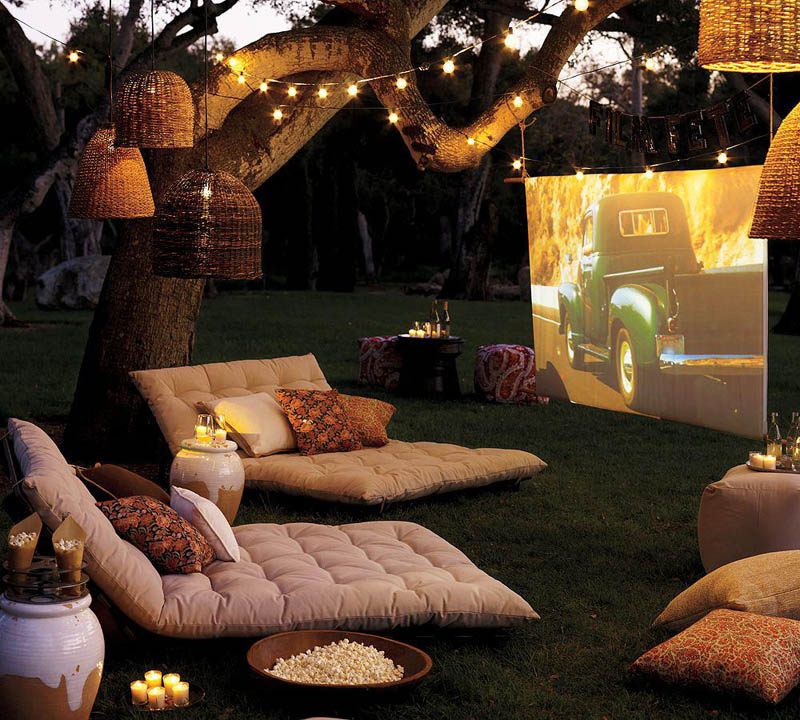 home theatre setup in the backyard - Picture Of The Day: Beautiful Backyard Home Theatre «TwistedSifter