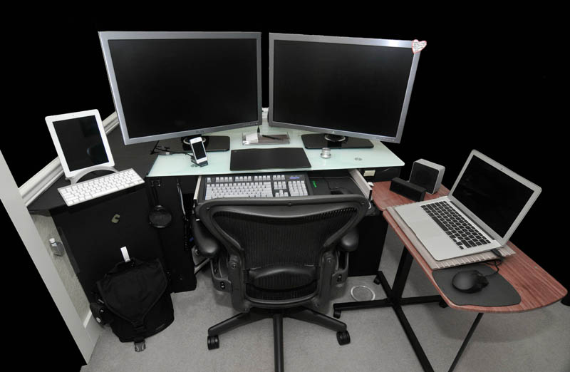 18 really amazing computer stations «twistedsifter