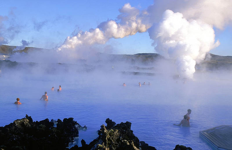 The blue lagoon geothermal spa in iceland twistedsifter for Where is the blue lagoon located in iceland